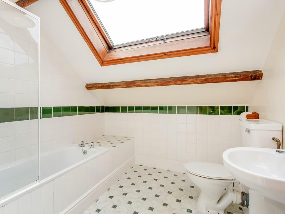 Martingale Bathroom 2