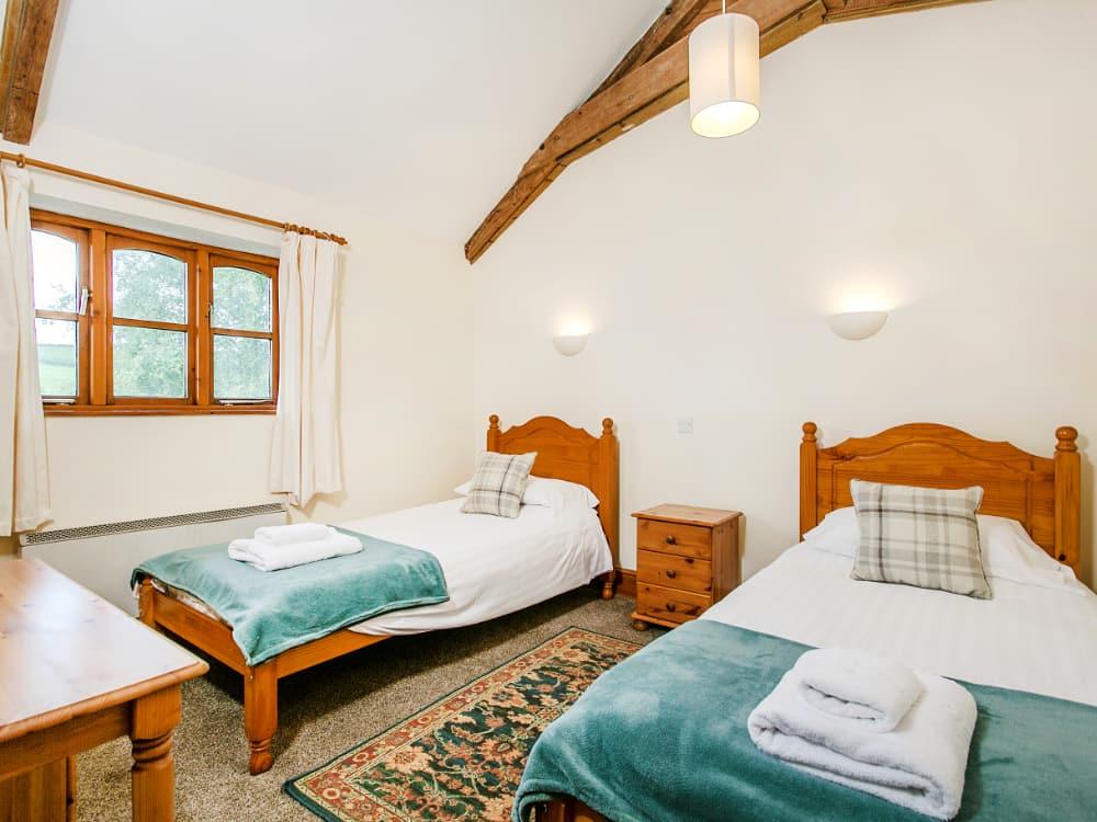 Mullen Twin Bedroom 2