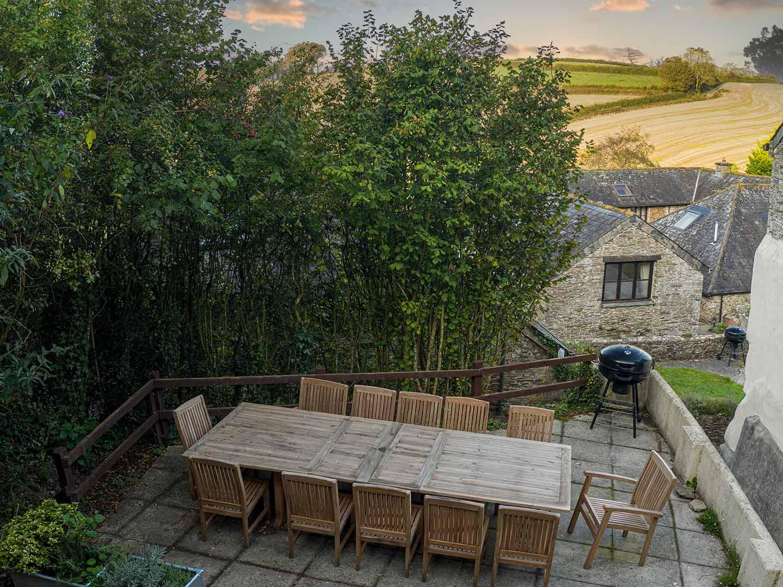 Martingale-Terrace