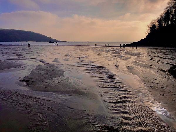 1Pitt-Salcombe-winter-beach[1]