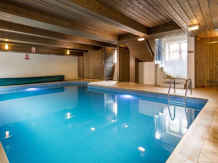 Indoor-Pool[1]